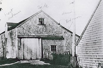 The side view of the barn at 8 Howard Street, which later became the house known as Greater Light.